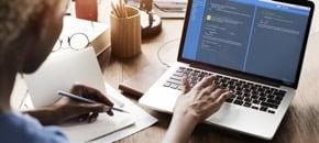 初心者からでも学べるITスキル(プログラミング・デザイン)入門コースがある語学学校一覧です。